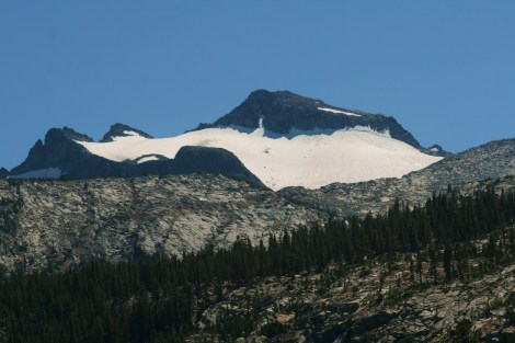close-up of Mt. Lyell