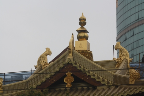Jing'an Temple roof detail